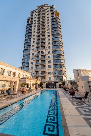 The Michelangelo Towers - Pool