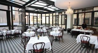 The Raphael Penthouse Suites - Restaurant
