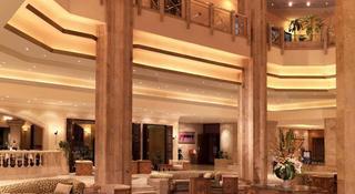 The Diplomat Radisson Blu Hotel, Residence & Spa - Diele