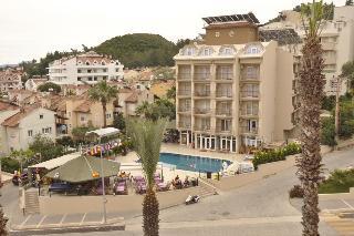 Club Dorado Hotel