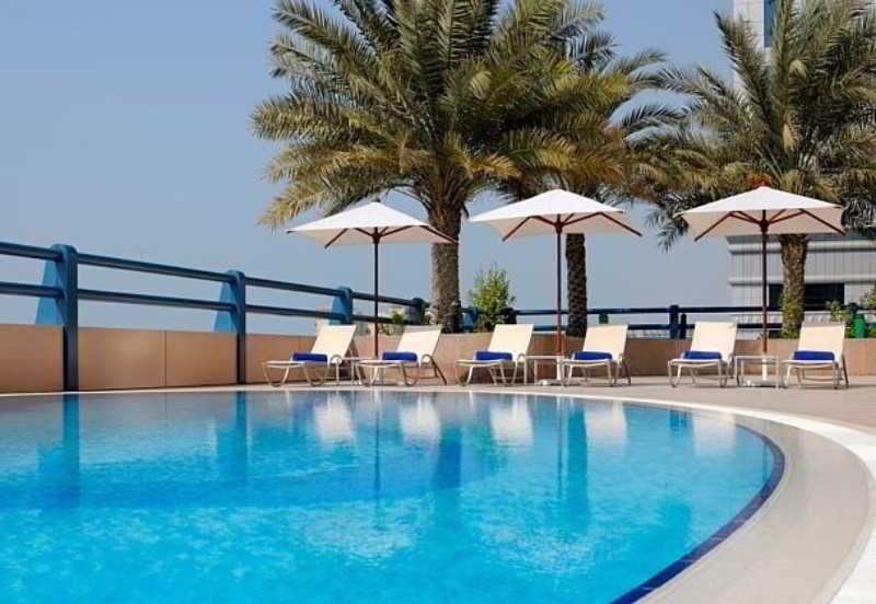 Dubai Marriott Harbour Hotel & Suites - Pool