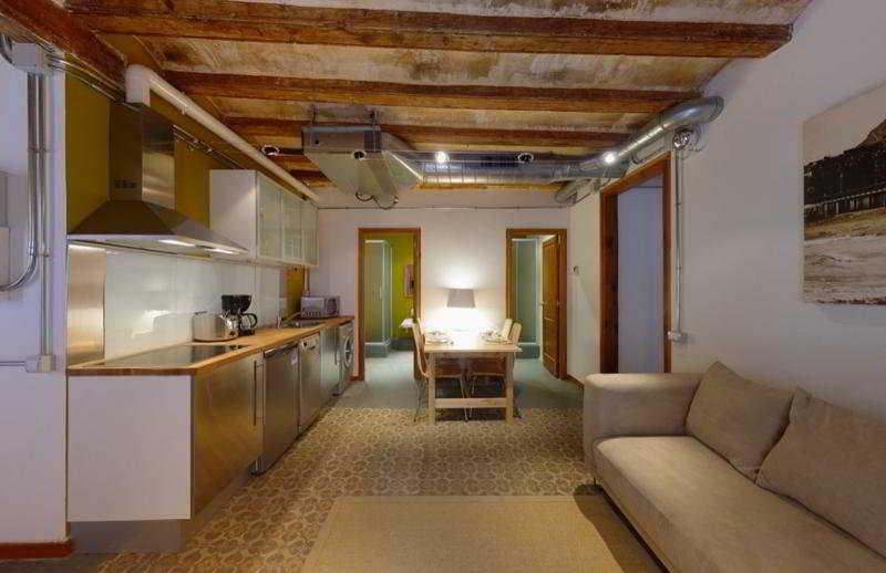 Barcelona Cosmopolitan 1A Apartment