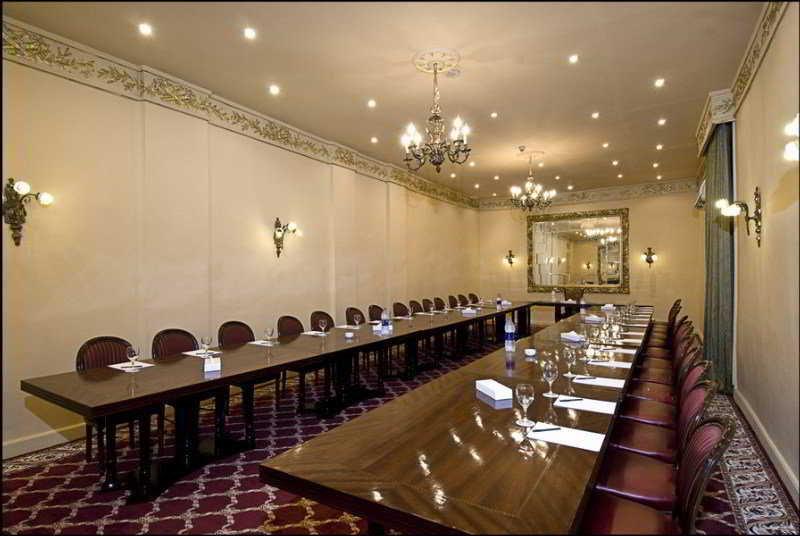 Paradise Inn Windsor Palace