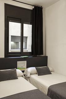 AinB Eixample-Entença Apartments