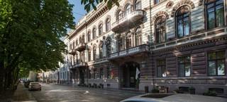 Londonskaya, Primorskiy Blv,11