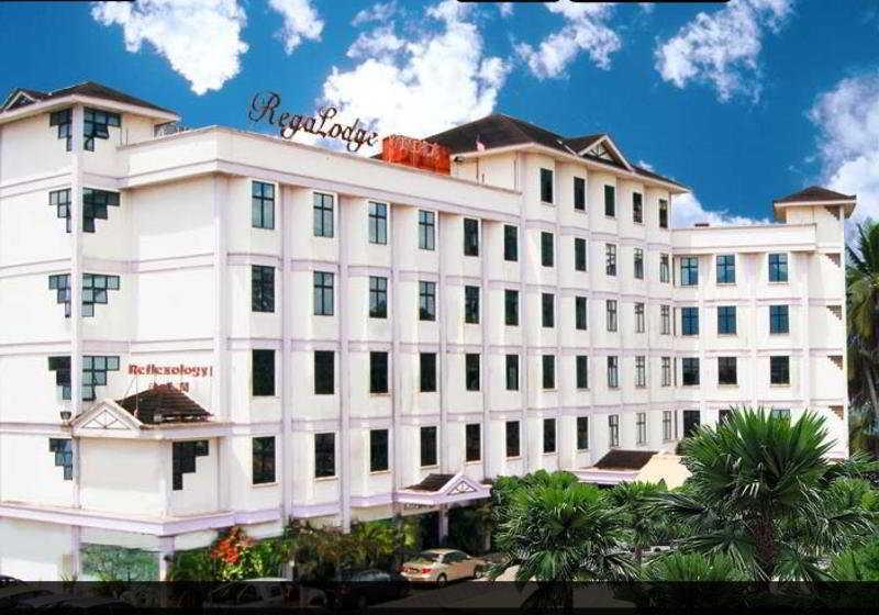 Rega Lodge, 131 Jalan Raja Ekram, Perak…