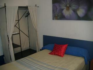 Gay Hotel Hostal Puerta…, Plaza Puerta Del Sol,14 -…