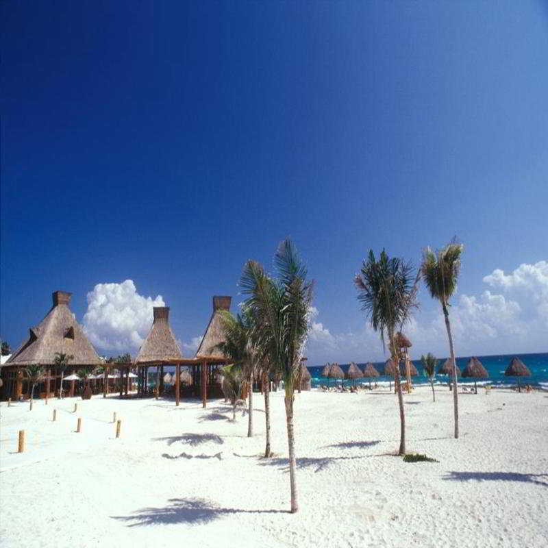 Ocean Breeze Riviera Maya - Strand