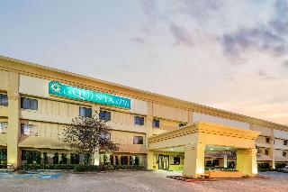 La Quinta Inn & Suites…, 10555 Rieger Road,