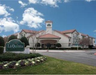 La Quinta Inn & Suites Addison Galleria Area
