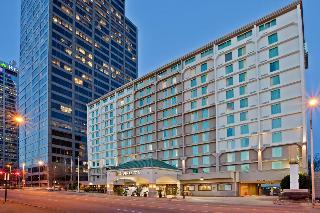 LaQuinta Inn & Suites…, Broadway Street,617