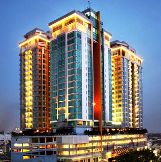 Grand Swiss Belhotel…, Jl. S. Parman No. 217,217