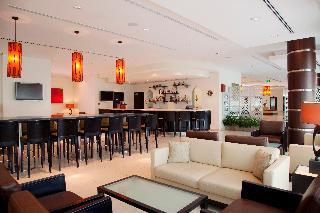 Express By Holiday Inn Dubai Internet City - Bar