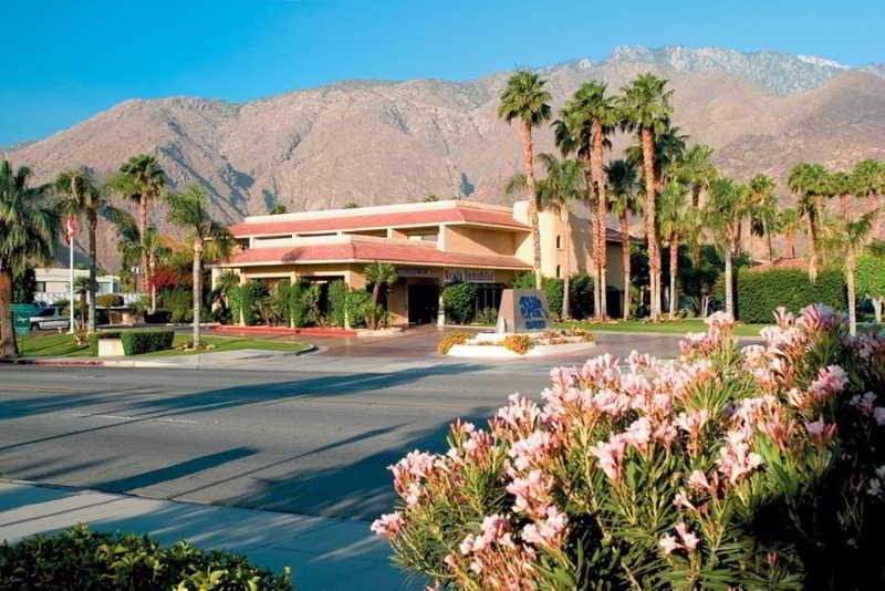Shilo Inn Suites - Palm…, 1875 North Palm Canyon Drive,