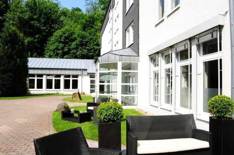 Friends Mittelrhein, Im Wenigerbachtal,8-25