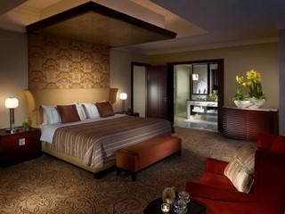 Futian Shangri-la Hotel