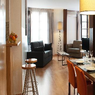 MH Apartments Opera Rambla