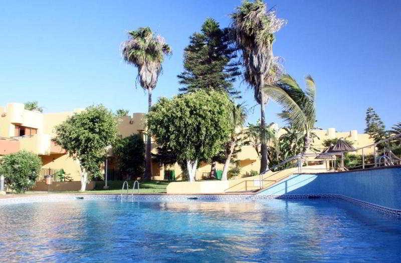 Roulette Corralejo 2LL - Pool