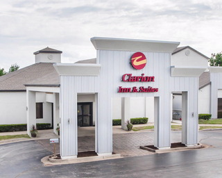 Clarion Inn & Suites…, East Battlefield Road,3370