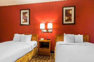 Quality Inn & Suites, South Overland Avenue,3930