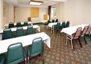 Baymont Inn & Suites Newark At Univ