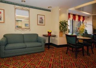 Boston Hotels:Quality Inn & Suites