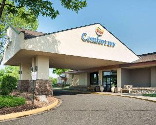 Comfort Inn, 3000 Harbor Lane,