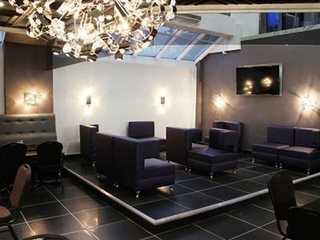 Quality Hotels & Suites Downtown Montreal