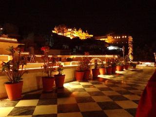 Jagat Niwas Palace, 23-25, Lal Ghat,