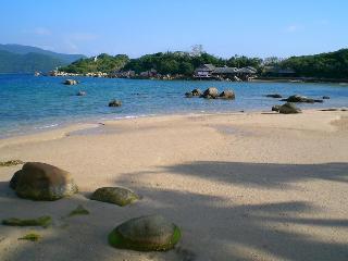Whale Island Resort, Me Linh Street,02