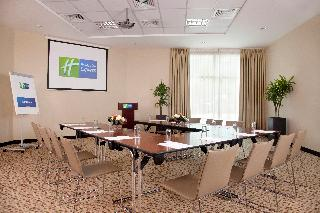 Holiday Inn Express Dubai- Safa Park - Konferenz
