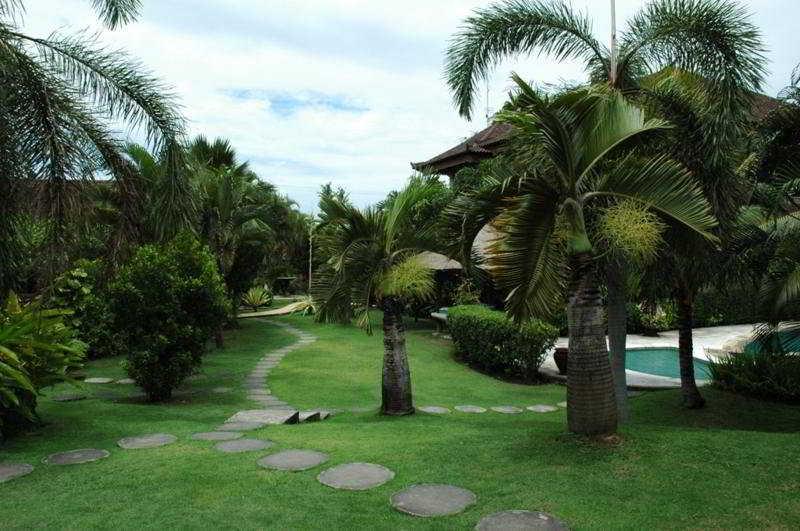 XL Vision Villas, Jln. Pantai Masceti Desa…