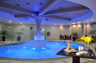 Suites Camino Real - Pool