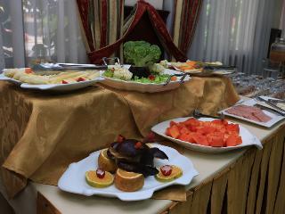 Royal Lodge - Restaurant
