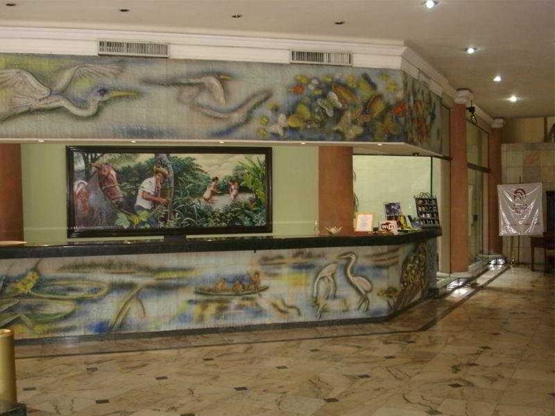 Gran Hotel Santa Cruz - Diele