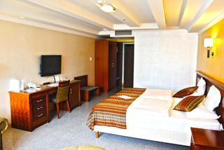 Actor Hotel Budapest, Viola Utca,10-14