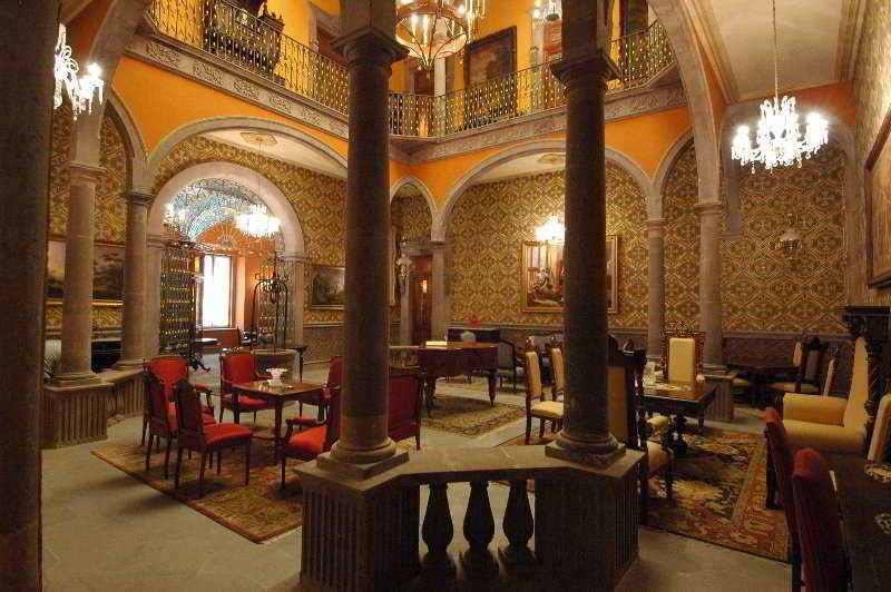 Museo Palacio de San Agustin - Diele