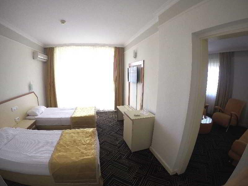 Orient Life Hotel