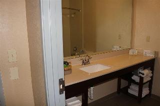 Comfort Suites, 1489 Ih-35 N.,