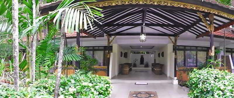 Palm Beach, Jl. Pantai Br. Segara No.…