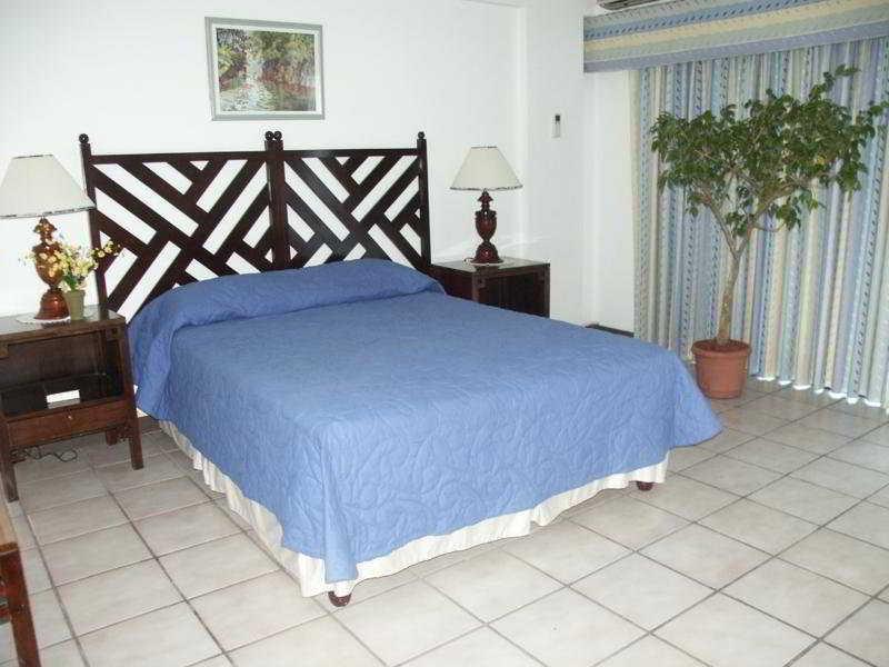 Crystal Ripple Beach Lodge - Zimmer