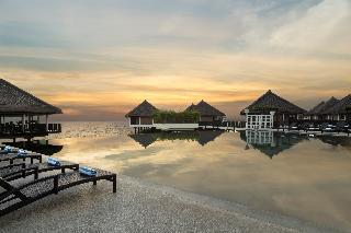Avani Sepang Goldcoast Resort - Pool