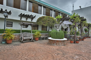 Crown Regency Residences…, V. Rama Avenue, Guadalupe,