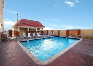 Book Comfort Suites At the Barstow Outlets Victorville - image 2