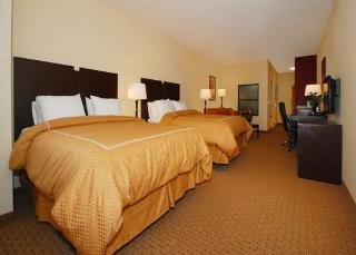 Book Comfort Suites At the Barstow Outlets Victorville - image 5
