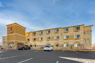 Comfort Inn & Suites…, 5811 Signal Ave. N.e.,