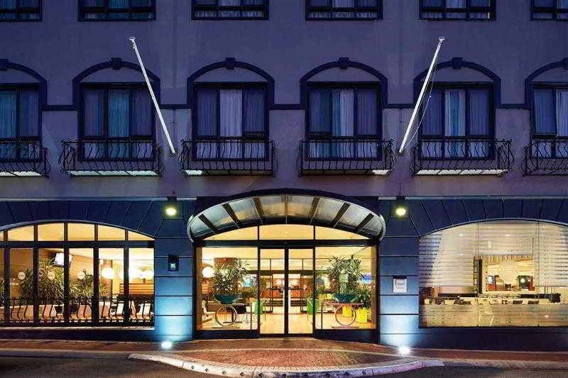 Ibis Styles Perth, 15 Robinson Avenue,