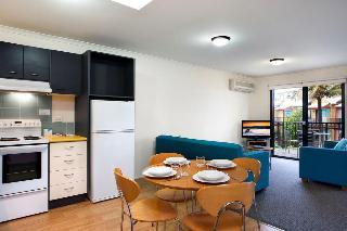 Australis Noosa Lakes, 3 Hilton Terrace, Noosaville,3