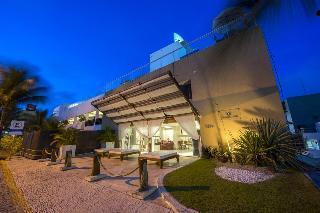 Vip Praia Hotel, Rua Pedro Fonseca Filho 1373…