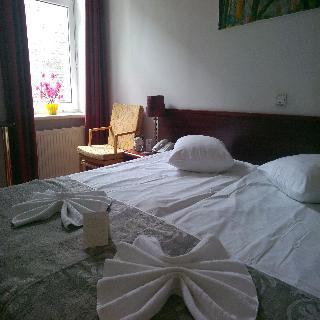 A1 Hotel - Zimmer